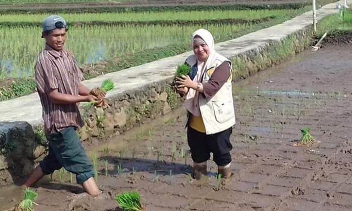 Eni Suliawati, Srikandi Penyuluh Pertanian dari Kabupaten Sukabumi