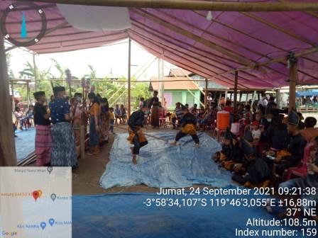 Tradisi Pesta Panen (Mappadendang) Di Desa Buae, Kecamatan Watang Pulu Kabupaten Sidenreng Rappang