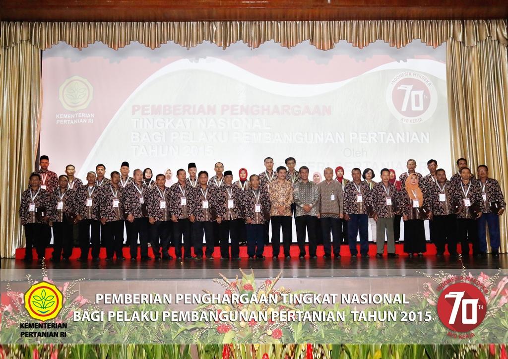 Foto penerima Penghargaan bersama Menteri Pertanian